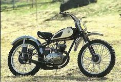 Now, not many people realise that the Japanese motorcycle industry is actually over 100 years old. Mx Bikes, Yamaha Motorcycles, Vintage Motorcycles, Dirt Bikes, Japanese Motorcycle, Vintage Motocross, Chopper Bike, Classic Bikes, Vintage Japanese