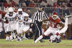 Oklahoma's CeeDee Lamb (9) runs after a reception during a college football game between the Oklahoma Sooners (OU) and the TCU Horned Frogs at Gaylord Family-Oklahoma Memorial Stadium in Norman, Okla., Saturday, Nov. 11, 2017. Photo by Bryan Terry, The Oklahoman