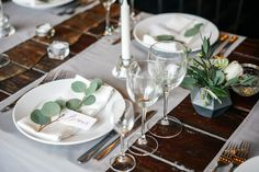 Bring in touches of the outdoors for a modern Thanksgiving table. Wedding Places, Wedding Place Cards, Dinner Party Table, Letterpress Wedding Invitations, Plate, Vintage Party, Thanksgiving Table, Simple Weddings, Wedding Vendors