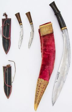 Indian or Nepalese kukri, 18th to 19th century, steel, horn, gold, leather…