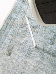benuta NATURALS Tapis en viscose Yuma Vert achetez à bon prix en ligne Tapis Design, Elegant, Flooring, Vintage, Home Decor, Products, Color Splash, Furniture Collection, Green Carpet
