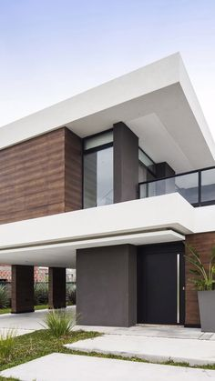 Terra 201 House of LMARQ Arquitectos Architecture Studio- Casa Terra 201 del Estudio de Arquitectura LMARQ Arquitectos Terra 201 House of 440 Rationalist Style in … - Modern Exterior House Designs, Modern House Facades, Dream House Exterior, Modern Architecture House, Modern House Plans, Architecture Design, Modern Zen House, Modern Brick House, Modern Glass House