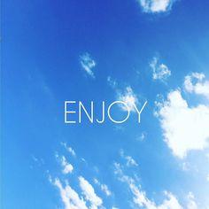 #EnjoyYourSunday #HaveANiceWeekend #WE #Sun #Sky #Clouds #Hot #HiverAustral #Blue #50ShadesOfBlue #Sunday #Blog #LeBlogAva #LaReunion #ReunionIsland by leblogava