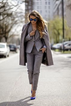 Grey Suit And Blue Heels Outfit Idea women fashion outfit clothing stylish apparel closet ideas Business Fashion, Business Outfits, Office Fashion, Work Fashion, Street Fashion, Casual Work Outfits, Professional Outfits, Work Attire, Work Casual