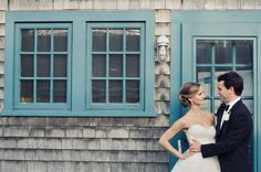 Google Image Result for http://cache.elizabethannedesigns.com/blog/wp-content/uploads/2011/10/Nantucket-Wedding-Zofia-Photography-1-600x399.jpg