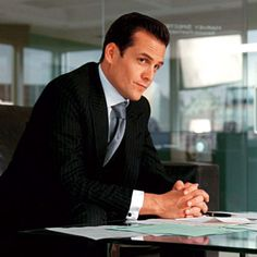 Serie Suits, Suits Series, Suits Tv Shows, Specter Suits, Small Minded People, Tom Ford Suit, Suits Quotes, Suits Usa, Women's Suits