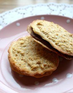 lindastuhaug - lidenskap for sunn mat og trening Lchf, Cake Cookies, Diabetes, Food And Drink, Low Carb, Sweets, Bread, Snacks, Baking