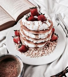 food, breakfast and FRUiTS image on We Heart It