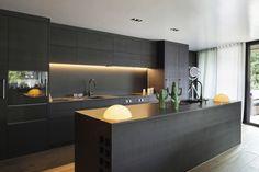 https://flic.kr/p/PB8Kpf | מטבחים - מבחר חדש - דגמים מובילים | מטבחים - מבחר חדש - דגמים מובילים בסגון מושלם, מתאים לכל בית, עיצובים מודרניים חדשים ב PT