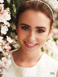 Lily Collins eyebrows, fresh face, simple makeup