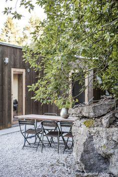 Ö20 bild5 Office Graphics, Living Etc, Cabin Design, Outdoor Living, Outdoor Decor, Coastal Homes, Prefab, Moon Garden, Interior And Exterior