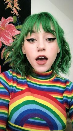 Short green hair · love this color :) rainbow hair, hair inspo, hair inspiration, makeup inspo Dye My Hair, Your Hair, Short Green Hair, Green Hair Girl, Hair Inspo, Hair Inspiration, Pelo Multicolor, Aesthetic Hair, Pinterest Hair