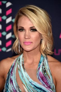Pin for Later: Carrie Underwood Wore the 1 Dress You'll Want For All Your Summer Weddings