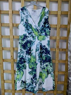 Green Dress, Dresses For Sale, Size 12, Fashion, Moda, Green Gown, Fashion Styles, Fashion Illustrations