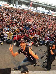Daniel Ricciardo...how could anyone not love this guy?!!