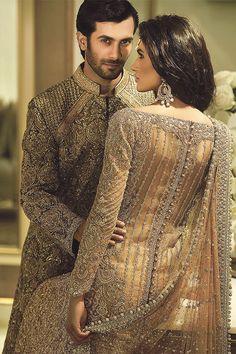 Pakistani fashion is everything. Pakistani Party Wear, Pakistani Wedding Outfits, Pakistani Dress Design, Beautiful Pakistani Dresses, Desi Wedding Dresses, Bridal Photoshoot, Asian Bridal, Yellow Fashion, Bridal Lehenga