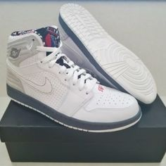 fc49d31780c287 HOST PICK - Nike Air Jordan 1 Retro  93 Bugs Bunny 100% Authentic Nike Air  Jordan 1 Retro  93 Bugs Bunny White Grey Black