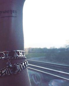 Good morning Wanderers ✨ shop • WANDERLUST • bracelet now [ 59€ ] yakamozz.com #ykmzz #silver #jewelry #accessories #bracelet #love #girl #style #fashion #details #ootd #potd #botd #fromwhereistand