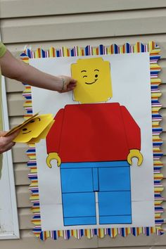 Pin the Head on the Lego Man. Lego birthday party