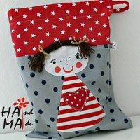Prodané zboží uživatele Hama   Fler.cz Baby Sewing Projects, Sewing For Kids, Sewing Crafts, Felt Crafts, Diy And Crafts, Crafts For Kids, Patchwork Bags, Quilted Bag, Drawstring Bag Diy