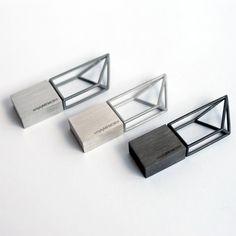 logical art / hanhsi chen / yookyung shin / usb sticks / negative space / prism / memory