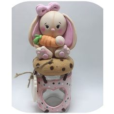 1 million+ Stunning Free Images to Use Anywhere Polymer Clay Kawaii, Polymer Clay Dolls, Polymer Clay Miniatures, Free To Use Images, Cat Sweaters, Decorated Jars, Pasta Flexible, Jar Gifts, Diy Clay
