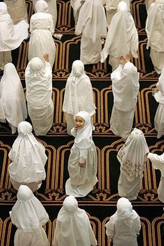 Masha Allah...look at these girls! ♥