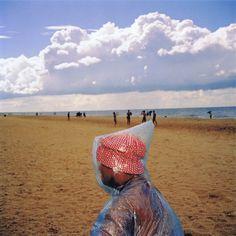 Martin Parr - Pac-A-Mac - Photography Martin Parr, Color Photography, Film Photography, Street Photography, Magnum Photos, Claude Monet, Reportage Photography, New Brighton, Documentary Photographers