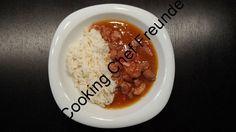 Rezept und Fotos von Fee´s Koch- und Backwelt Zutaten: 1kg Schweinegulasch 100g Bauchspeck 3 Paprika 4 Zwiebeln 1 TL Tomatenmark 1 TL Paprikapulver 500ml Fond (Kalbsfond) 100ml Rotwein Öl zum Braten Evtl. etwas Salz Zubereitung: Fleisch in mundgerechte Stücke schneiden. Paprika waschen und klein schneiden. Zwiebeln im Multizerkleinerer zerkleinern. Das Fleisch in Öl bei 140°C … Gulasch weiterlesen →