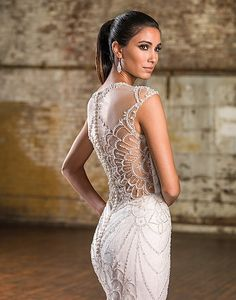 View our wedding dress collections featuring the latest trends in bridal! A wedding dress option for every bride. Find your gown and book an appointment now! Beautiful Wedding Gowns, Glamorous Wedding, Wedding Wows, 2016 Wedding Dresses, Wedding Dress Styles, Wedding Attire, Mermaid Gown, Mermaid Dresses, Justin Alexander Bridal