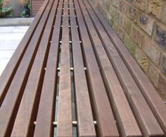 to build a floating bench - construction methods required - Forum - Landscaper Network & Forum Balcony Bench, Yard Benches, Outside Patio, Outside Living, Porch Trellis, Landscape Elements, Wall Seating, Modern Patio, Floating