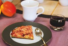 Tarte vigneronne au noble-joué de Touraine.  The winemaker's version of an apple tart with, of course, a wine jelly glaze.  A speciality of Touraine and similar to one sold in a patisserie in Bourgueil.   © ESTEN