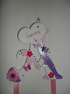 'Aamina' in Lilac/Pink/Cream Clip Holder/Wall hanger with ribbons