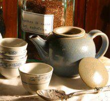 Tutti i benefici del tè e i consigli sulla preparazione dei diversi tipi di tè: verde, bianco, nero e semifermentato