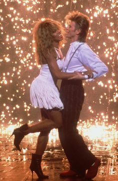 """Tina Turner & David Bowie, Dance To """"Modern Love"""" During The Filming Of A 1987 Pepsi Commercial Tina Turner, Pop Internacional, Iman And David Bowie, The Thin White Duke, Major Tom, Ziggy Stardust, Lady Stardust, Mad Max, David Jones"""