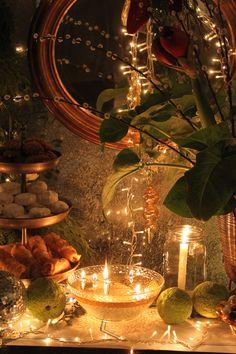#xmas #christmas #christmastime #christmaspirit #christmasmagic #mirror #christmasbuffet #sweets #treats #christmaslights #stylingprops #stylingphoto #eventstyle #event #eventplanning #roses #atmosphere #aesthetic #design #interiordesign #decoration #deco #christmasdeco #seasatin #seasatinmarket #restaurant #greece #athens #mykonos #mikonos #capriceofmykonos Christmas Buffet, Christmas Deco, Christmas Lights, Christmas Time, Xmas, G Photos, Aesthetic Design, Event Styling, Mykonos