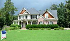 Avez-vous décidé de mettre en vente votre maison? Avec quelques préparations à la clé, vous avez plus de chances de la vendre. Pour ce faire, il faut être prêt à se détacher de la valeur sentimentale de son bien et rester objectif. Il faut également savoir qu'un acheteur souhaite faire l'acquisition d'un bien en parfait …