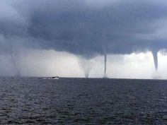 water spouts off of the ms gulf coast