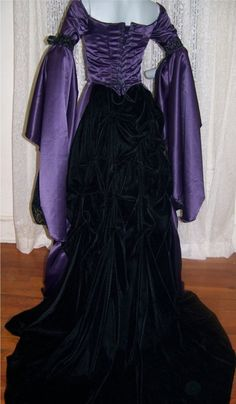 Gowns Pagan Wicca Witch:  Witchy purple and black gown.