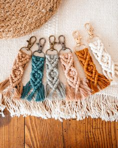 #makramee #macrame #keychain #bohostyle #boho #etsy #etsyseller #geschenk #anhänger #smallbusinessowner #color #springvibes #spring Bohostyle, Crochet Earrings, Shops, Etsy Shop, Personalized Items, Jewelry, Gifts, Tents, Jewlery