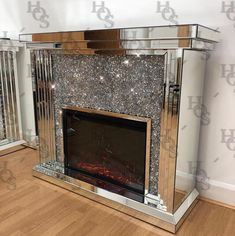 NEW Diamond Crush Fireplace with extra crystals mirrored Decor, Luxe Bedroom, Mirrored Furniture, Dream Decor, Glamorous Decor, Beach Theme Bedroom Decor, Chic Bedroom Decor, Glamorous Furniture, Mirrored Furniture Decor
