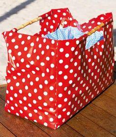 Tasche mit viel Platz für den Strand oder ein Picknick - Schnittmuster und Nähanleitung via Makerist.de