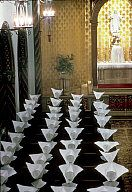 Roman Catholic Church. - USA. St. Louis, Missouri. 1964. The cornettes of the Daughters of Charity shows a pattern in the chapel. - Burt Gli...