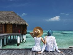 Check out the most popular and romantic places to visit in Bali during honeymoon. Grab the most fantastic details and deals on places to visit in Bali for Honeymoon Packing, Best Honeymoon, Honeymoon Packages, Romantic Honeymoon, Honeymoon Destinations, Maldives Tour, Maldives Honeymoon, Maldives Vacation, Cruise Vacation