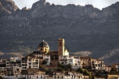 MORE TO EXPLORE  19 Regions and Islands of Spain: From Worst to Best