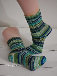 beemybear's Wollblog: No. 93 - Socks on a plane, Link to pattern on my blog