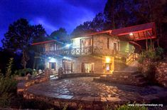 Rent vacation cottage in Kausani near Nainital