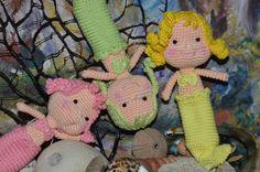 Little Mermaid Doll (19cm-8inches) - Free Amigurumi Pattern here: http://amigurumibb.com/2014/06/28/mermaid-dolls/