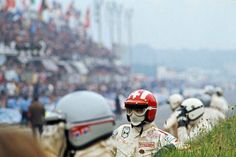"""Jo Siffert waiting for his running """"Le Mans"""" start, 1969 Le Mans."""