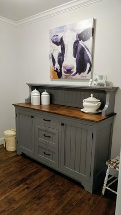 Kranky's kitchen sideboard One more thing off of her Honey Do List. Dining Room Decor, Furniture, Kitchen Sideboard, Furniture Makeover, Diy Home Decor, Furniture Projects, Diy Furniture, Painted Furniture, Home Decor